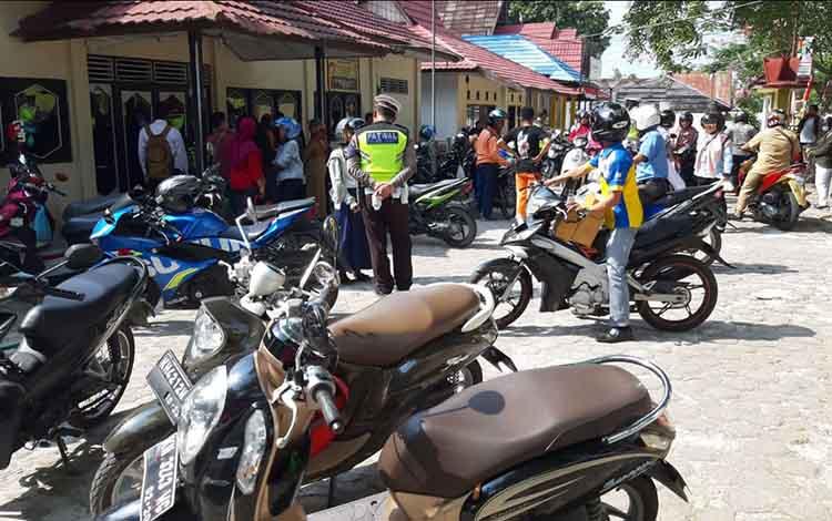 Satlantas Polres Kobar menjaring ratusan pengendara di hari ke 7 Operasi Zebra Telabang