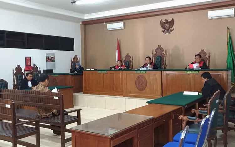 Sidang kasus tipikor manipulasi data laporan penilaian properti pengadaan tanah di wilayah Kotim dengan terdakwa Basuki Purwadono, selaku penilai pada Kantor Jasa Penilai Publik (KJPP) Toto Suharto dan Rekan (TnR)