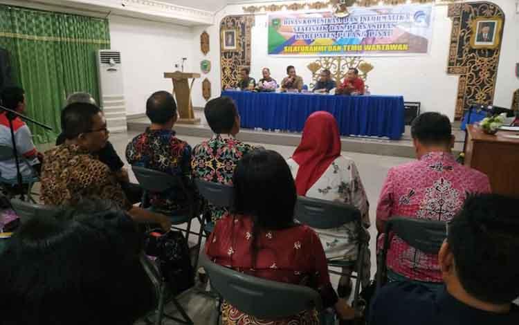 Pertemuan Pemkab Pulang Pisau dan wartawan dalam acara Silaturahim dan Temu Wartawan di Pulang Pisau.