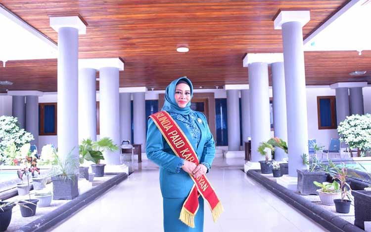 Bunda PAUD Kabupaten Seruyan Fauziah Yulhaidir akan menerima penghargaan apresiasi Bunda PAUD tingkat nasional 2019