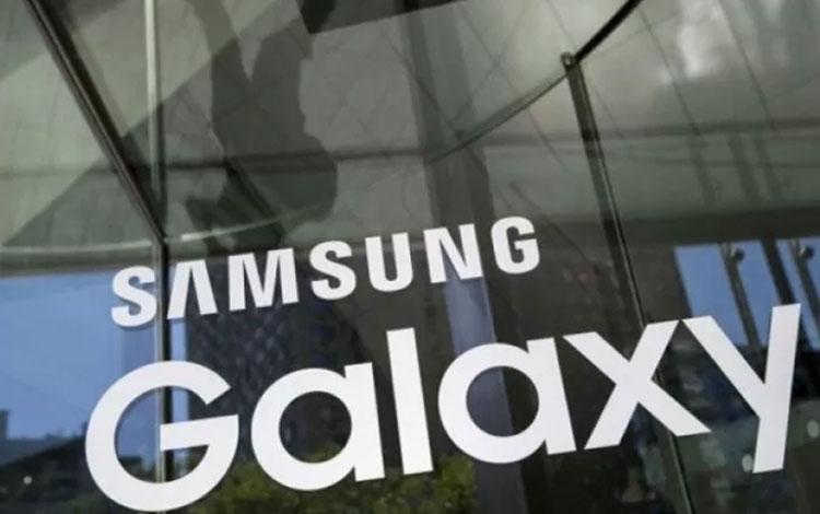 Logo Samsung (REUTERS/Andrew Kelly)