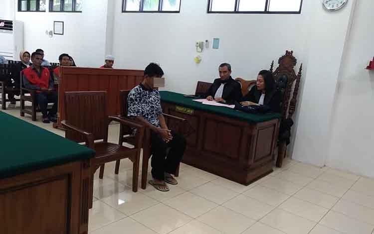 Sup menjalani sidang tuntutan di Pengadilan Negeri Palangka Raya, Senin 4 November 2019 karena kasus pembakaran lahan