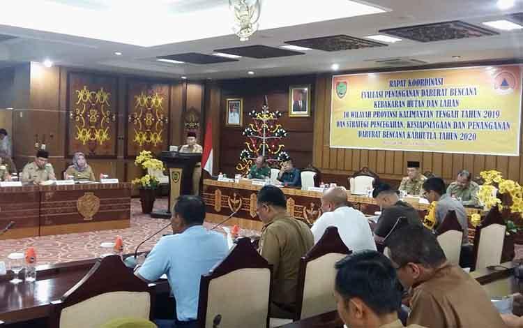 Pemerintah Provinsi Kalteng menggelar rapat koordinasi evaluasi sekaligus kesiapan pencegahan karhutla di 2020. Pada kesempatan itu, gubernur menyampaikan sejumlah penekanan
