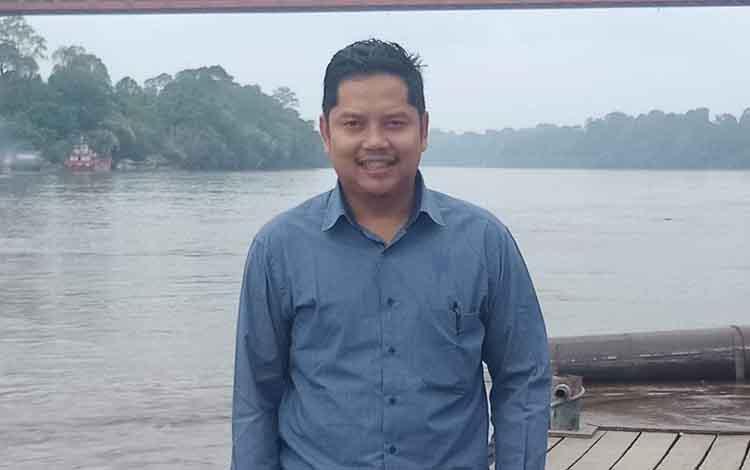 Anggota DPRD Murung Raya, Imanudin kritisi program beasiswa gratis Pemkab Mura, Selasa, 5 November 2019