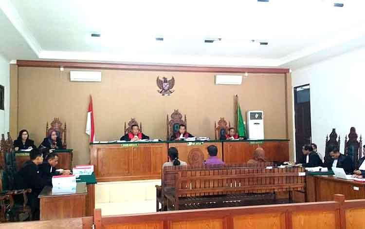 Saksi yang dihadirkan dalam persidangan kasus tindak pidana korupsi pembangunan Pasar Handep Hapakat Kabupaten Pulang Pisau mengaku tidamtahu menahu soal pembangunan pasar tersebut.