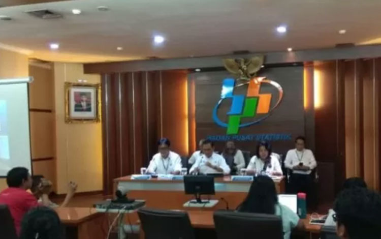 Suasana pengumuman pertumbuhan ekonomi Indonesia triwulan III-2019 oleh Kepala BPS Suhariyanto di Jakarta, Selasa (5/11/2019) (ANTARA/Satyagraha)