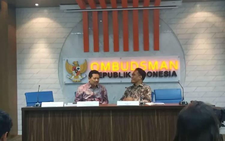 Ombudsman menggelar konferensi pers tentang persoalan dan pengawasan tes CPNS 2019, di Jakarta, Rabu, (06/11/2019). (Boyke Ledy Watra)