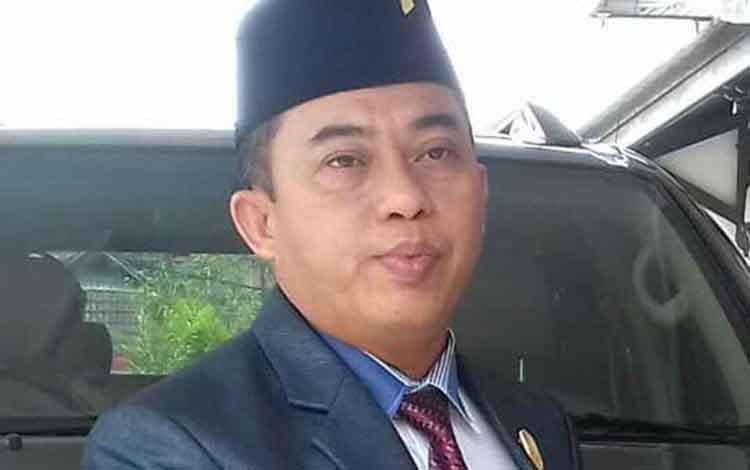 Anggota DPRD Kotim, Rimbun.