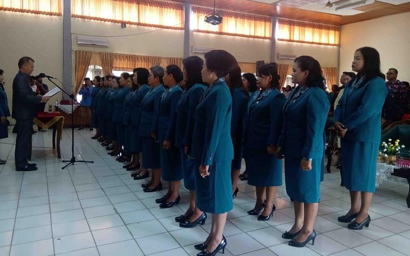 Pelantikan anggota TP PKK Kabupaten Gunung Mas periode 2019 - 2024, Jumat, 1 November 2019.