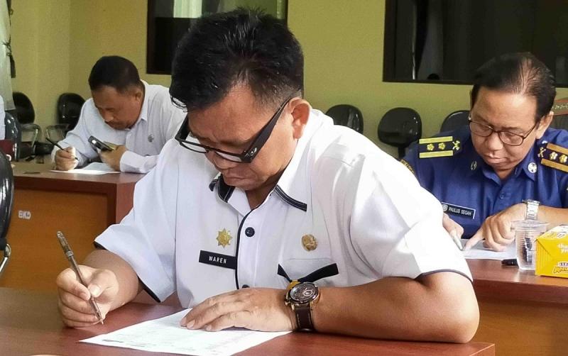 Proses seleksi lelang jabatan tinggi pratama di Kotawaringin Timur.