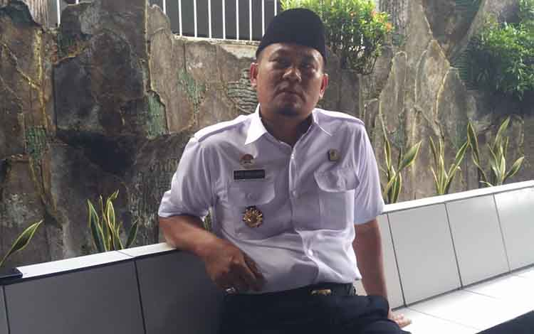 Kepala Lembaga Pemasyarakatan (Lapas) Klas II B Sampit Agus Dwirijanto, mengakui bahwa masih ada saja narapidan yang gunakan telepon genggam, secara sembunyi-sembunyi, Rabu, 13 November 2019.