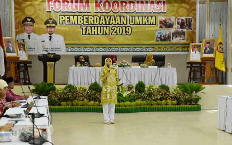 Ketua Dewan Kerajinan Nasional Daerah atau Dekranasda Provinsi Kalimantan Tengah Yulistra Ivo Azhari Sugianto Sabran mengharapkan program promosi produk kerajinan baik di dalam maupun luar daerah bisa lebih optimal.