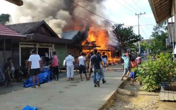 Kebakaran kembali melanda Desa Mangkahui, Rabu, 20 November 2019