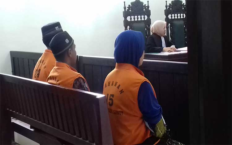 Terdakwa sabu Harmoko alias Koko, Citra Bhakti Transito alias Citra dan Mulyani alias Yani di Pengadilan Negeri Sampit
