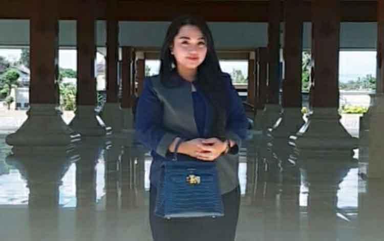 Anggota DPRD Kapuas Lindawati mengharapkan generasi muda terus lestarikan kearifan lokal
