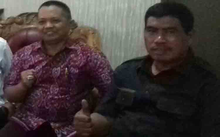 Anggota Komisi I DPRD Kotim, Abdul Kadir (kiri) dan Rambat. Kadir meminta pemkab kotim menginventarisasi aset agar memiliki kepastian hukum yang jelas