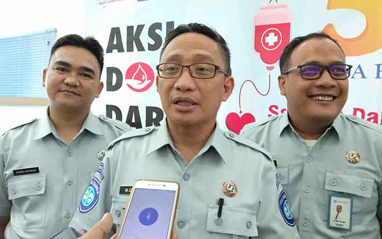 Kepala PT Jasa Raharja Cabang Kalteng, M Iqbal Hasanuddin memberikan keterangan kepada wartawan, salah satunya akan menggandeng Biddokkes dalam memberikan pelayanan jelang Natal dan tahun baru 2020.
