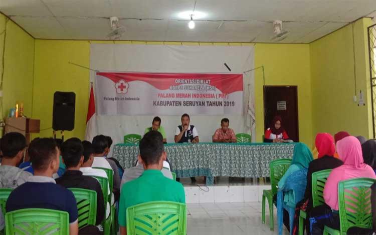 Sekretaris PMI Seruyan, Ali Rahman menyampaikan sambutan pada kegiatan orientasi Korps Sukarela