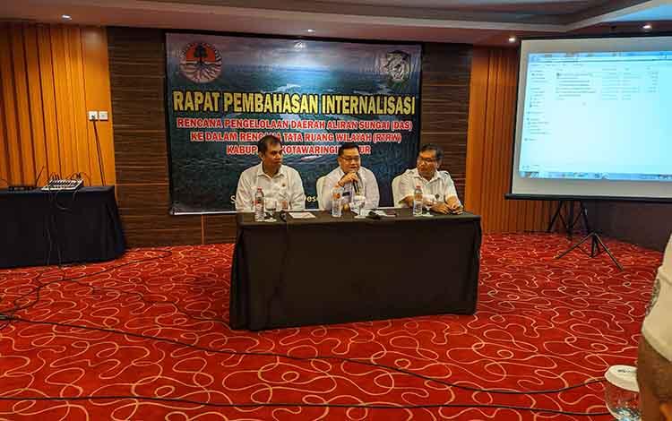 Sekda Kotim Halikinnor mengatakan DAS Mentaya perlu penanganan prioritas guna mendukung pembangunan daerah, Rabu, 11 Desember 2019