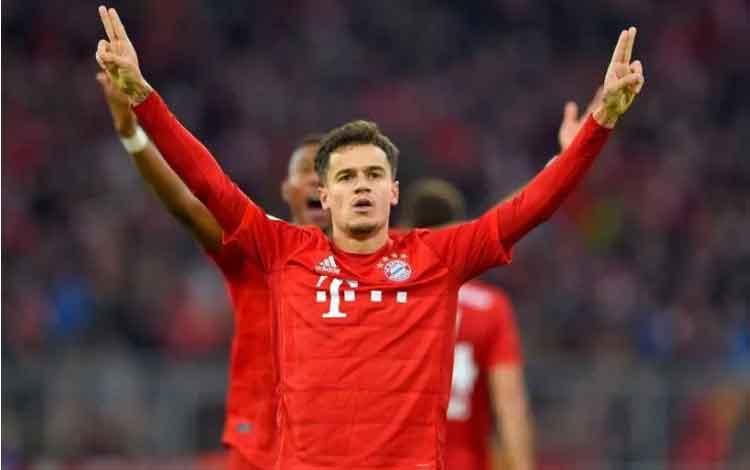 Gelandang Bayern Muenchen, Philipe Coutinho, merayakan gol ketiganya ke gawang Werder Bremen dalam laga lanjutan Liga Jerman di Stadion Allianz Arena, Sabtu (14/12/2019). (ANTARA/Twitter@FCBayern)