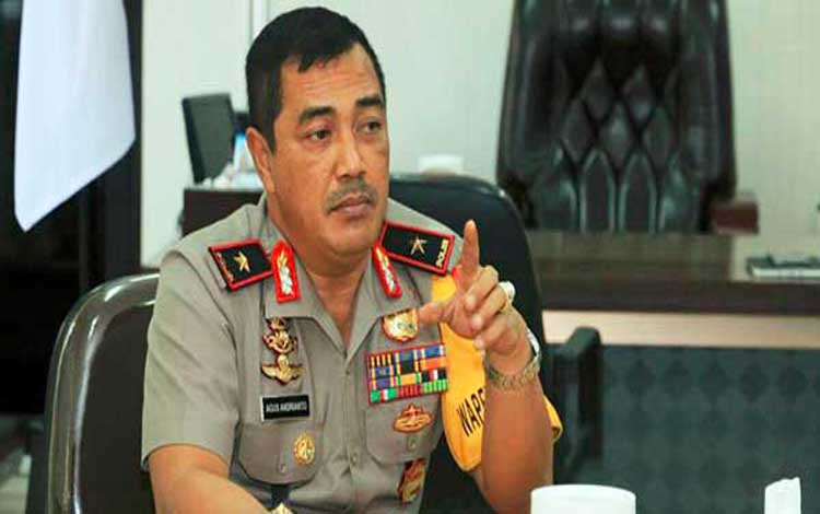 Kapolda Sumatera Utara Irjen Agus Andrianto mengatakan sampai saat ini polisi terus mengumpulkan bukti untuk mengungkap kematian hakim di Medan