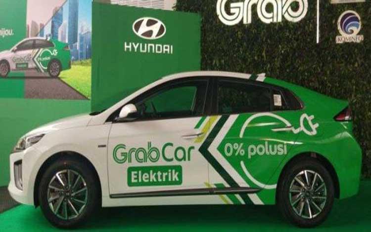 Grab menggunakan mobil listrik