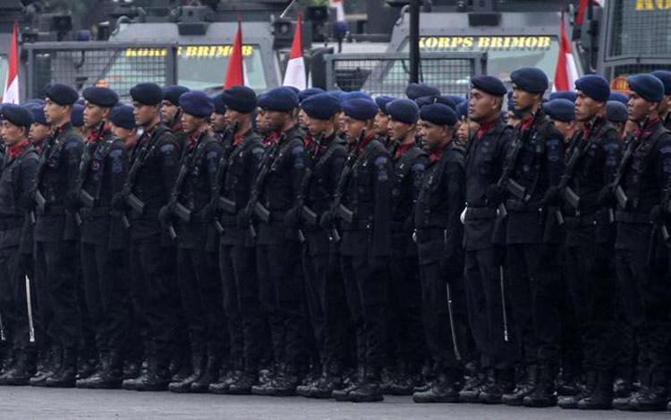 Sejumlah pasukan ikuti HUT ke-74 Korps Brimob di Mako Brimob, Kelapa Dua, Depok, Jawa Barat, Kamis 14 November 2019. Peringatan HUT ke-74  Korps Brimob tersebut mengangkat tema, Brimob Untuk Indonesia. ANTARA FOTO/Asprilla Dwi Adha