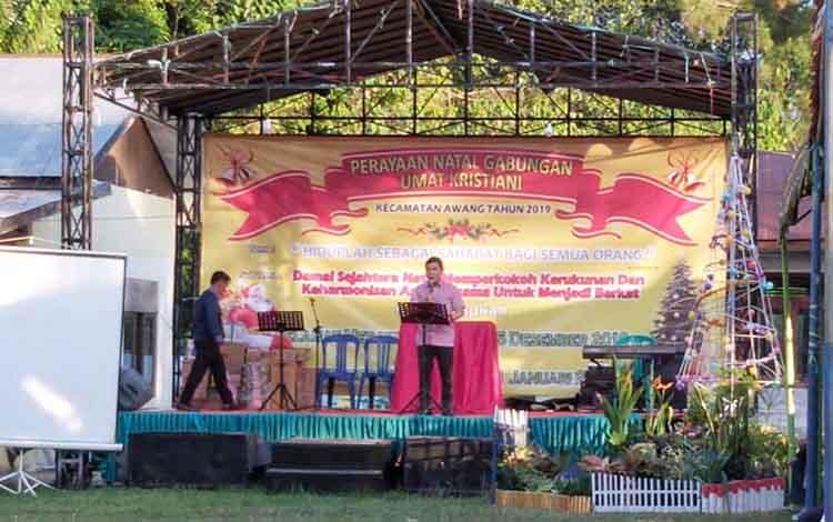 Safari Natal Pemkab Bartim di Kecamatan Awang, Senin, 16 Desember 2019.