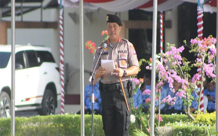 Kapolresta Palangka Raya Kombes Dwi Tunggal Jaladri saat menerangkan terkait kewaspadaan masyarakat terhadap aksi pencurian, Selasa 17 Desember 2019