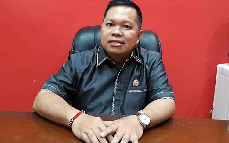Wakil Ketua I DPRD Kapuas Yohanes mengatakan pihaknya telah gelar rapat Banmus susun jadwal kegiatan dewan, Jumat, 20 Desember 2019.