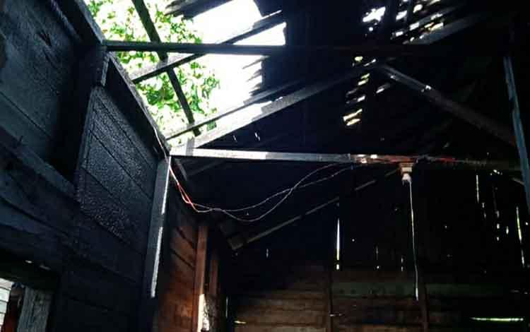 Kondisi rumah warga Desa Palangkau Lama, Kecamatan Kapuas Murung yang sempat terbakar pada Jumat, 20 Desember 2019