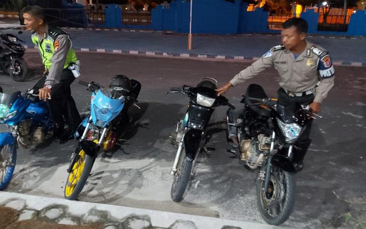 Motor milik pembalap liar yang diamankan anggota Satlantas Polres Kobar
