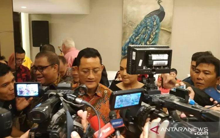 Menteri Sosial Juliari P Batubara di rumah dinas Mensos di Jakarta, Rabu (25/12/2019) (ANTARA/Desi Purnamawati)