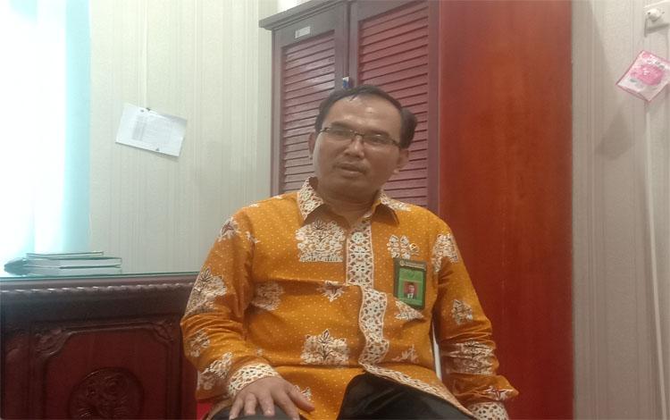 Ketua Pengadilan Negeri Palangka Raya Haskatu Hardinata saat menerangkan terkait pelayanan prima, Jumat 03 Januari 2020