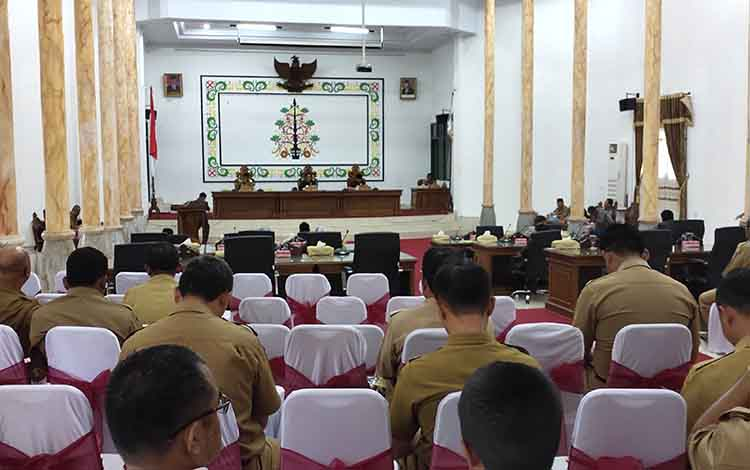 DPRD Sukamara saat menggelar rapat paripurna.