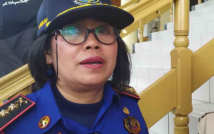 Kepala Dinas Pemadam Kebakaran dan Penyelamatan Kota Palangka Raya, Gloriana, Aden mengimbau warga untuk mewaspadai korsleting listrik