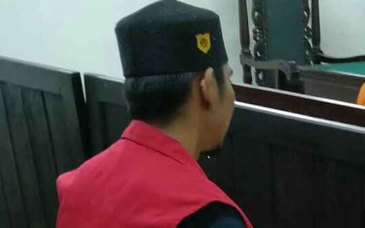 Hermansyah alias Herman residivis kasus sabu saat jalani sidang.