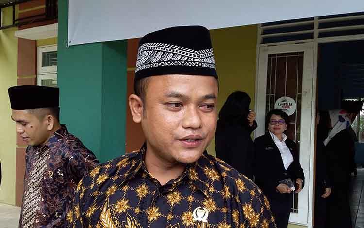 Ketua DPRD Barito Timur Nursulistio