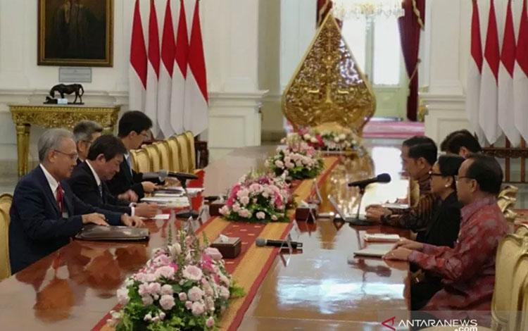 Presiden Jokowi menerima Menlu Jepang (Agus Salim)
