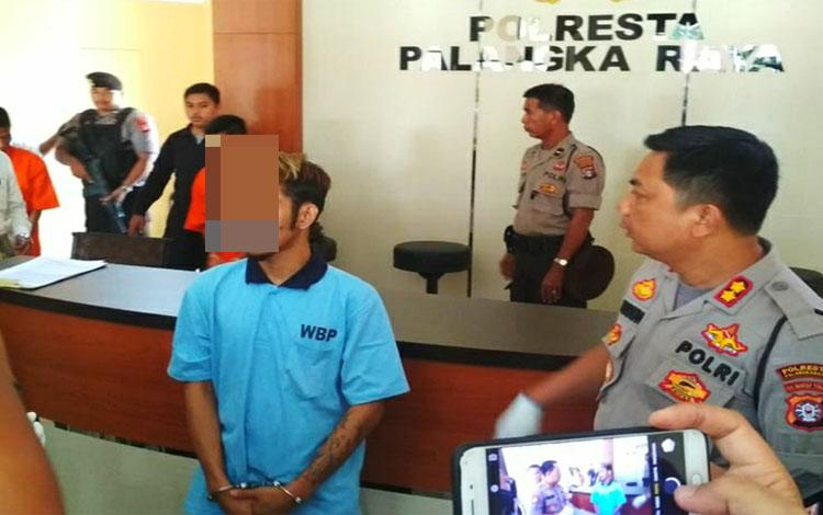 Edo Purnama, narapidana yang melakukan penipuan dengan total Rp 500 juta dari dalam Lapas Kelas IIA Palangka Raya