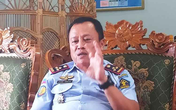 Kalapas Kelas IIA Palangka Raya, Syaruf Hidayat memberikan keterangan mengenai pengawasan dan pengaman terhadap narapidana