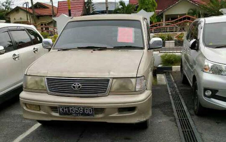 Mobil milik Abdul Hamid tersangka kasus BBM