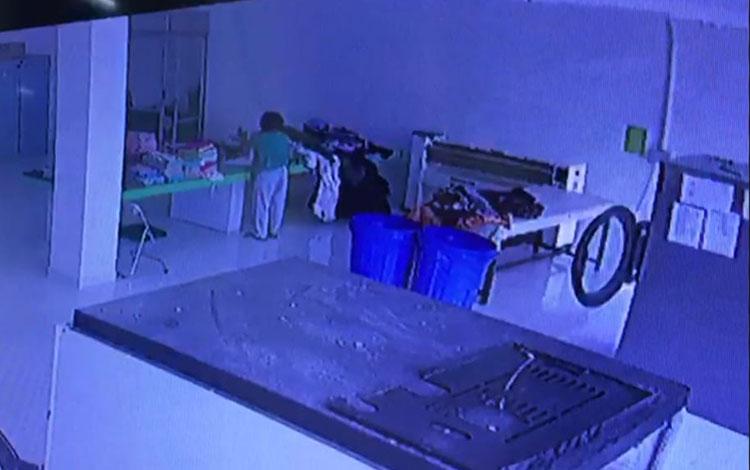 Seorang petugas di Rumah Sakit Umum Daerah (RSUD) Dr Murjani Sampit, ditarik makhluk halus ke bawah