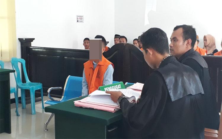 Terdakwa Majus Halomoan Sianturi mencuri 5 kali dan 4 di antaranya mencuri kotak amal. Kini dia diadili di Pengadilan Negeri Pangkalan Bun, Rabu 22 Januari 2020
