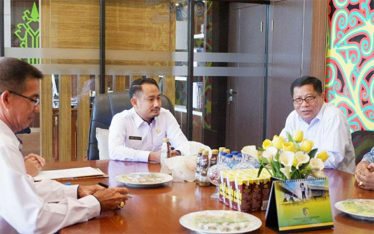 Wali Kota Palangka Raya, Fairid Naparin mengatakan pemerintah bakal menyalurkan bantuan melalui dana hibah untuk Festival Tandak Intan Kaharingan
