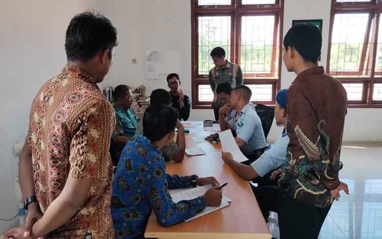 Lapas Kelas III Sukamara saat melakukan sidang Tim Pengamat Pemasyarakatan (TPP).