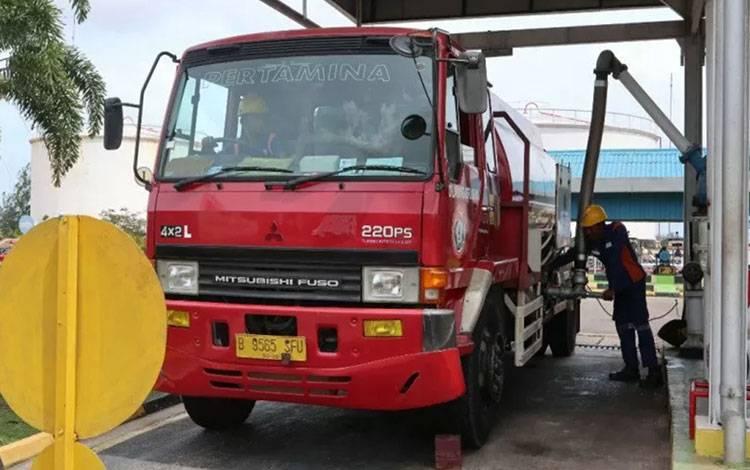 Ilustrasi - Pertamina menyalurkan Biodiesel 30 (B30) di Provinsi Kepulauan Riau. ANTARA/HO-Pertamina