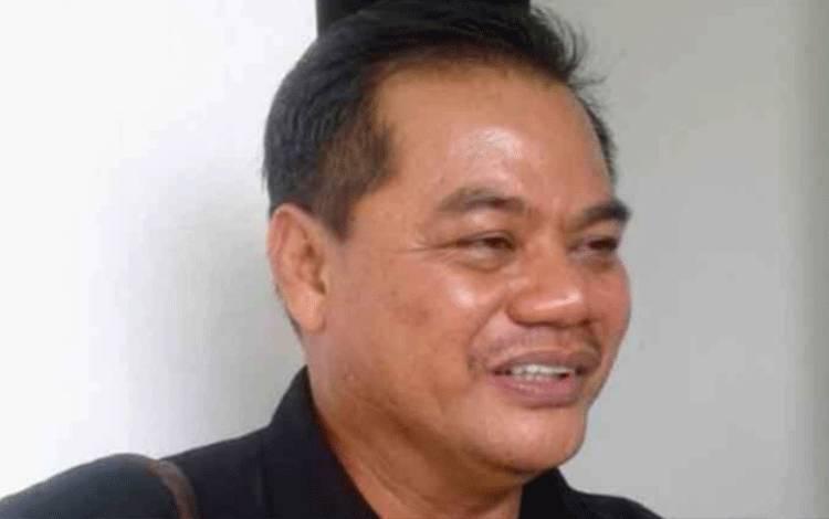 Anggota DPRD Gunung Mas Untung J Bangas minta Camat Damang Batu segara dilantik