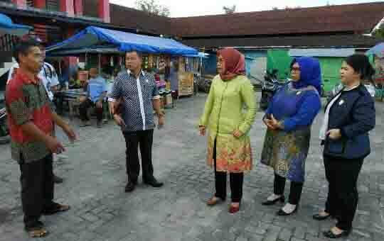 Komisi II DPRD Kotawaringin Timur mengecek pasar eks Mentaya.
