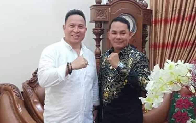 Wakil Ketua II DPRD Murung Raya, Rahmanto Muhidin (kanan).
